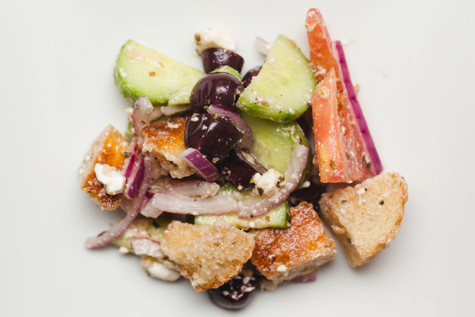 greek panzanella salad