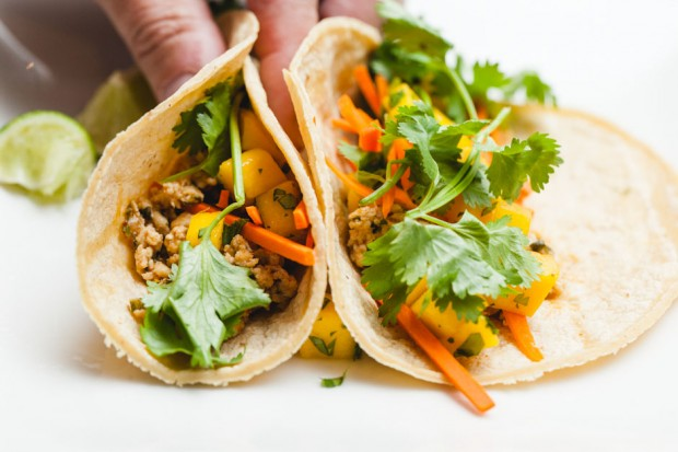 the sam livecast cooking competition, don's thai chicken tacos