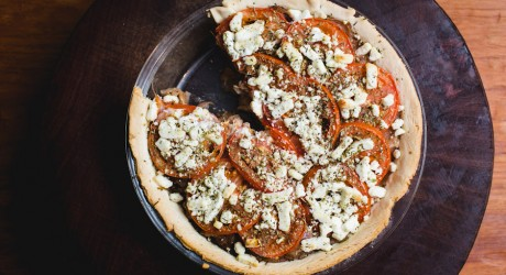 tomato, onion, and goat cheese pie - the sam livecast