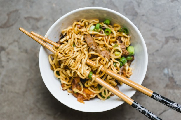 tomato beef chow mein - the sam livecast