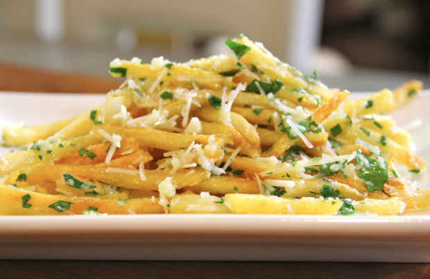 garlic cheese fries - the sam livecast