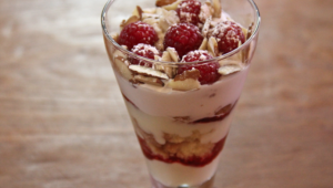 raspberry doughnut trifle - the sam livecast