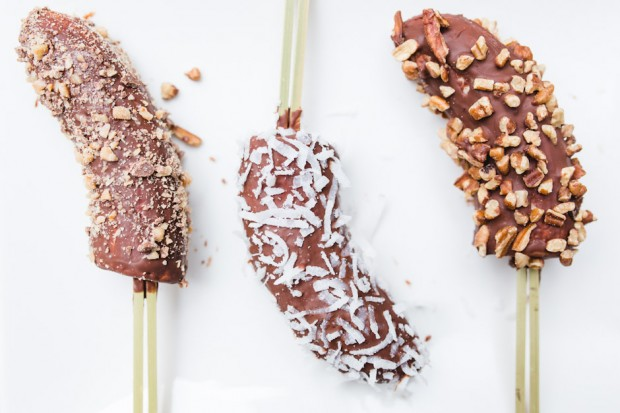 chocolate dipped frozen bananas - the sam livecast