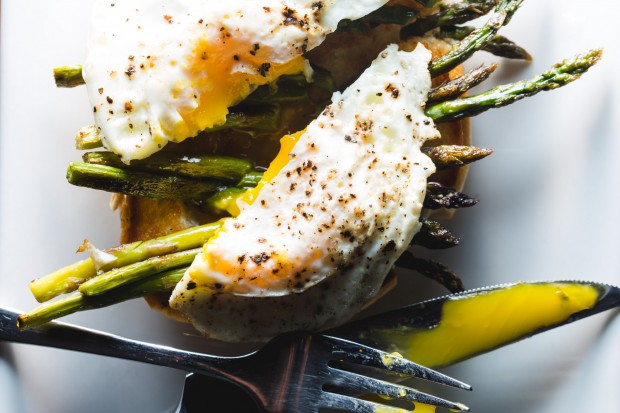 grilled asparagus toast - the sam livecast