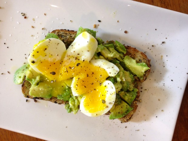 perfect soft boiled egg with avocado on toast - the sam livecast