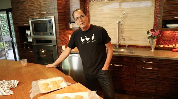 sam cooks shrimp burgers - the sam livecast