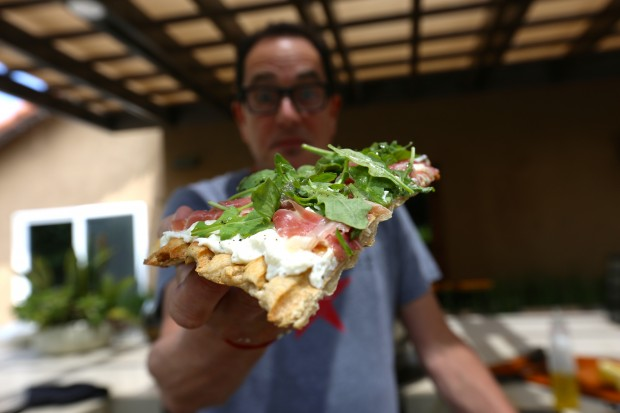 Grilled Prosciutto & Arugula Pizza - the sam livecast