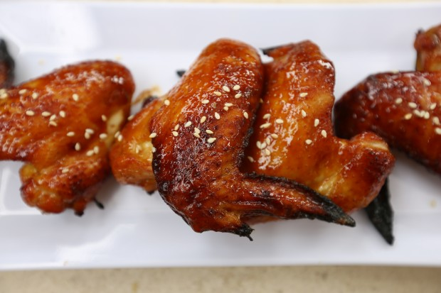 Hoisin Sriracha Wings - the sam livecast